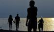 Les silhouettes de la plage