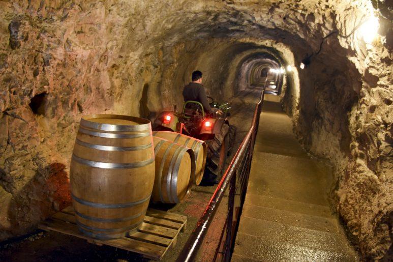 Grottes et vins