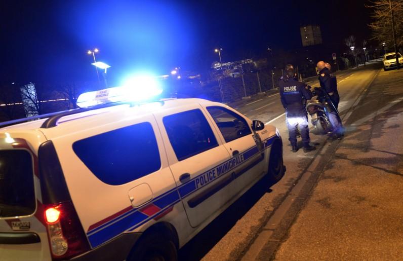 11.01.2013Reportage sur la police municipale l' unité de nuit .